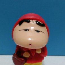 Figuras de Goma y PVC: FIGURA PVC SHIN CHAN CAPERUCITA ROJA. Lote 269337953