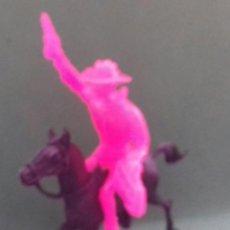 Figuras de Goma y PVC: FIGURAS Y SOLDADITOS DE MAS DE 6 CTMS - 14097. Lote 269338058