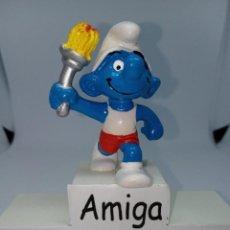 Figuras de Goma y PVC: PITUFO CON LLAMA OLIMPICA - SCHLEICH. Lote 269383363
