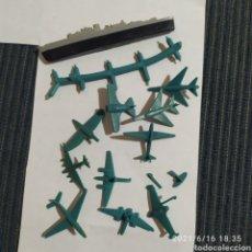 Figuras de Goma y PVC: LOTE AVIONES MONTAPLEX Y UN BARCO. Lote 269451513