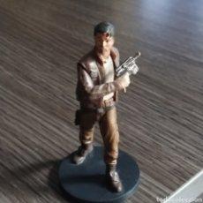 Figuras de Goma y PVC: FIGURA POE DAMERON STAR WARS EURODISNEY. Lote 269467193