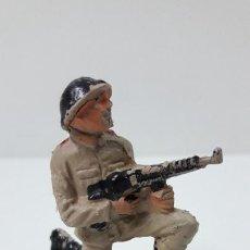 Figuras de Goma y PVC: SOLDADO RUSO . REALIZADO POR PECH . SERIE RUSOS . ORIGINAL AÑOS 60. Lote 269768923