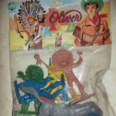 Figuras de Goma y PVC: INDIOS EN BLISTER DE OLIVER- AÑOS 60-70. Lote 269777418