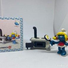 Figuras de Goma y PVC: SUPER PITUFOS - PITUFINA COCINERA - PITUFO - SCHLEICH. Lote 269852228