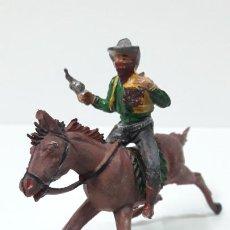 Figuras de Goma y PVC: VAQUERO BANDIDO - ATRACADOR A CABALLO . REALIZADO POR PECH . ORIGINAL AÑOS 50 EN GOMA. Lote 270161848
