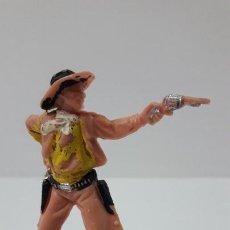 Figuras de Goma y PVC: VAQUERO - COWBOY EN POSICION DE DISPARO . FIGURA REAMSA Nº 63. ORIGINAL AÑOS 60. Lote 270222508