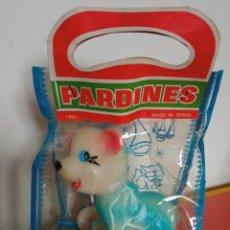 Figuras de Goma y PVC: PEQUEÑO ARRASTRE OSO DE GOMA LÁTEX PITIDO.PARDINES-ONIL 70S.SIN ABRIR.. Lote 270650873
