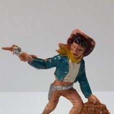 Figuras de Goma y PVC: VAQUERO - COWBOY ATRACADOR . REALIZADO POR COMANSI . ORIGINAL AÑOS 60 - PRIMERA EPOCA. Lote 270677813