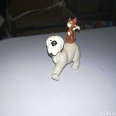Figuras de Goma y PVC: APPLAUSE FIGURA DE PVC PERRO Y GATO PERSONAJES DE 101 DALMATAS WALT DISNEY. Lote 270976303