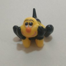 Figuras Kinder: FIGURA ABEJA KINDER MUÑECO ABEJITA BEE. Lote 271012723