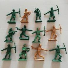Figuras de Goma y PVC: 12 SOLDADOS VINTAGE INFANTERIA AMERICANA 60'S MADE HONG KONG GAMA MARX BRITAINS TIMPO ATLANTIC. PTOY. Lote 42290026