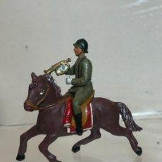 Figuras de Goma y PVC: TROMPETA A CABALLO - DESFILE DE LA VICTORIA - GOMA, TEIXIDO. Lote 271571508