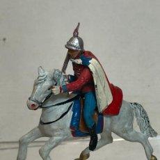 Figuras de Goma y PVC: OFICIAL A CABALLO - ESCOLTA DEL GENERALISIMO, CON CAPA - GOMA, TEIXIDO. Lote 271572423