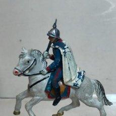 Figuras de Goma y PVC: OFICIAL A CABALLO - ESCOLTA DEL GENERALISIMO, CON CAPA - GOMA, TEIXIDO. Lote 271574543