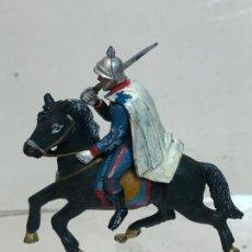 Figuras de Goma y PVC: OFICIAL A CABALLO - ESCOLTA DEL GENERALISIMO, CON CAPA - GOMA, TEIXIDO. Lote 271574603