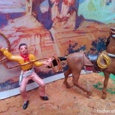 Figuras de Goma y PVC: VAQUERO Y CABALLO DE COMANSI. Lote 271640463