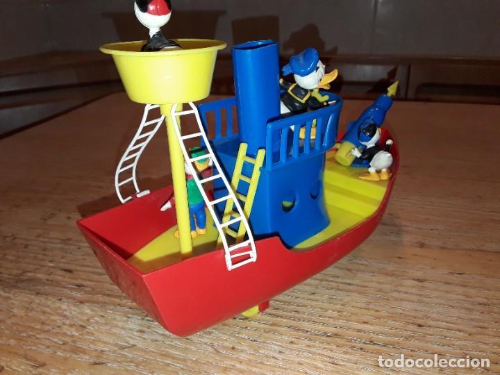 Figuras de Goma y PVC: La Baleniera di Paperino, Walt Disney, P-32 Polistil, años 60. - Foto 3 - 272045348