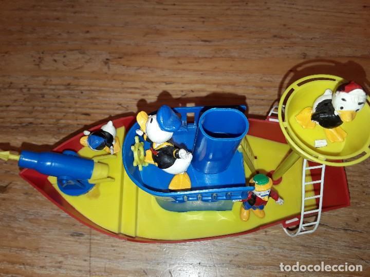 Figuras de Goma y PVC: La Baleniera di Paperino, Walt Disney, P-32 Polistil, años 60. - Foto 8 - 272045348