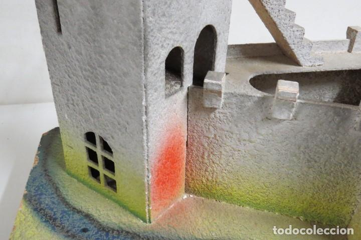 Figuras de Goma y PVC: CASTILLO MEDIEVAL - MARCA STARLUX - MADERA - FABRICADO EN FRANCIA - Foto 10 - 272252448