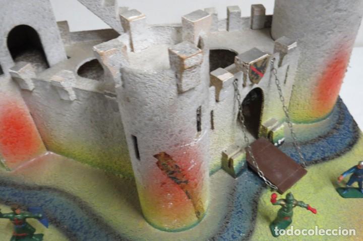 Figuras de Goma y PVC: CASTILLO MEDIEVAL - MARCA STARLUX - MADERA - FABRICADO EN FRANCIA - Foto 14 - 272252448