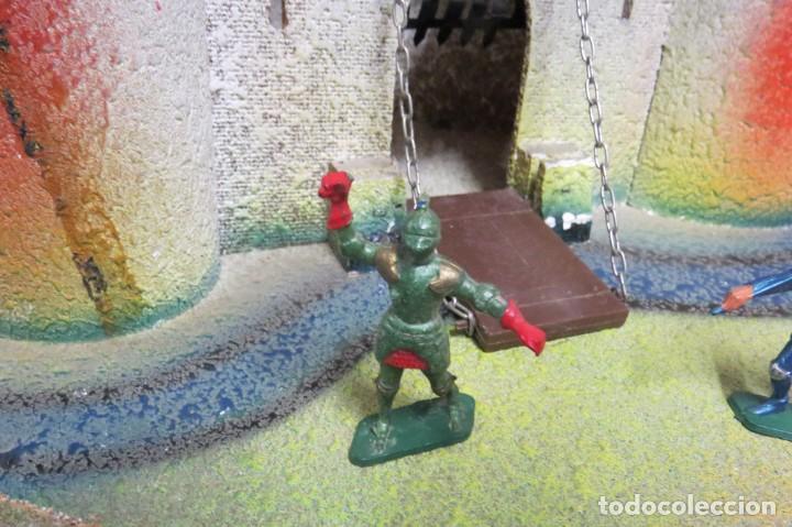 Figuras de Goma y PVC: CASTILLO MEDIEVAL - MARCA STARLUX - MADERA - FABRICADO EN FRANCIA - Foto 20 - 272252448