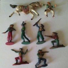 Figuras de Goma y PVC: LOTE DE VAQUEROS (COMBOIS) Y CABALLOS (1) - GAMA. Lote 273083563