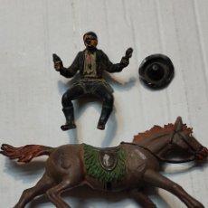 Figuras de Goma y PVC: FIGURA PECH GOMA COYOTE A CABALLO-SERIE CHARROS MÉXICO-ESCASO AÑOS 50. Lote 273754333