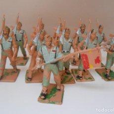 Figuras de Goma y PVC: LOTE 11 LEGIONARIOS LEGIONARIO REAMSA CON ABANDERADO PINTADOS A MANO EJERCITO LEGION FIGURE FIGURA. Lote 274233278