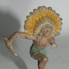 Figuras de Goma y PVC: GUERRERO INDIO . REALIZADO POR PECH . AÑOS 50 EN GOMA. Lote 274273808