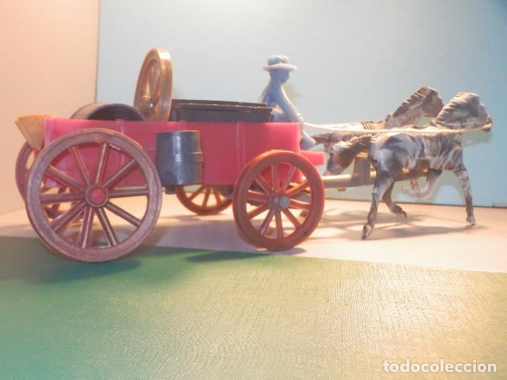 Figuras de Goma y PVC: Bonito Carro, Carromato ó carreta en plástico - Oeste - 2 Caballos - C/ accesorios muy completa - Foto 4 - 275479623