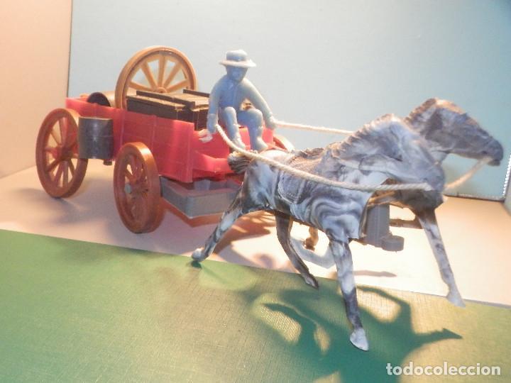 Figuras de Goma y PVC: Bonito Carro, Carromato ó carreta en plástico - Oeste - 2 Caballos - C/ accesorios muy completa - Foto 6 - 275479623