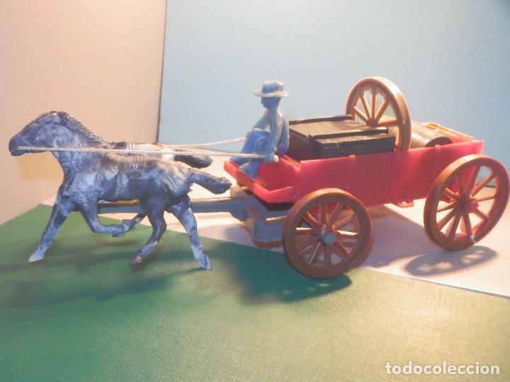 Figuras de Goma y PVC: Bonito Carro, Carromato ó carreta en plástico - Oeste - 2 Caballos - C/ accesorios muy completa - Foto 8 - 275479623