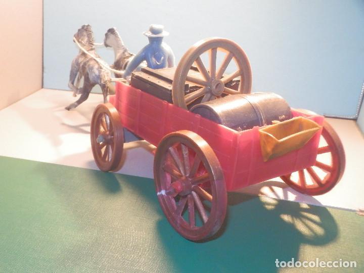 Figuras de Goma y PVC: Bonito Carro, Carromato ó carreta en plástico - Oeste - 2 Caballos - C/ accesorios muy completa - Foto 10 - 275479623