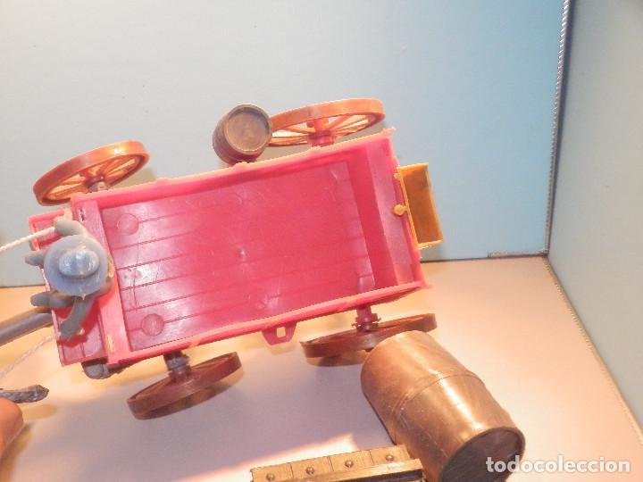 Figuras de Goma y PVC: Bonito Carro, Carromato ó carreta en plástico - Oeste - 2 Caballos - C/ accesorios muy completa - Foto 14 - 275479623