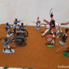 Figuras de Goma y PVC: SOLDADOS DE PLASTICO BRITANICOS Y FRANCESES NAPOLEÖNICOS 1/32 CON CAÑÓN NUEVOS. Lote 275695688