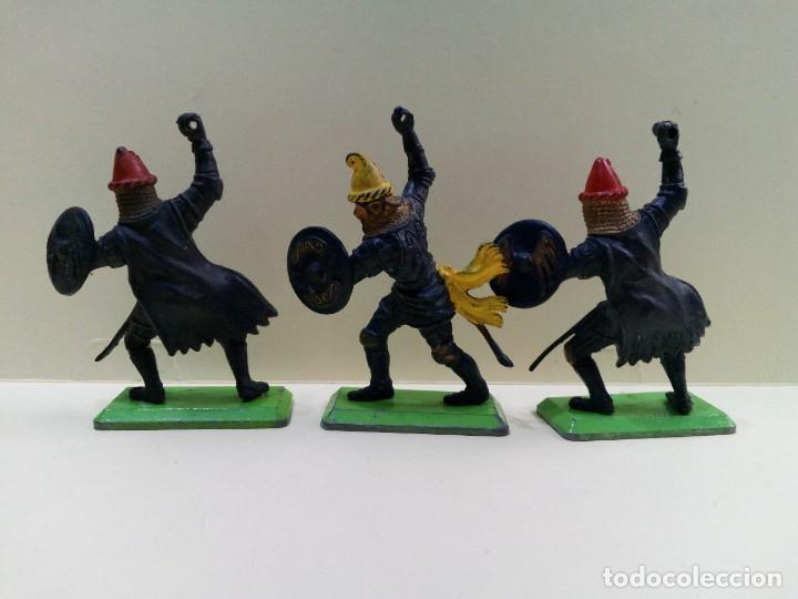 """Figuras de Goma y PVC: LOTE """" F """" DE CABALLEROS , CRUZADOS Y SARRACENOS .BRITAINS DEETAIL 1971 - Foto 5 - 276569938"""
