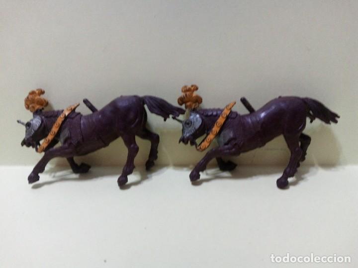 """Figuras de Goma y PVC: LOTE """" A """" DE CABALLOS MEDIEVALES .BRITAINS DEETAIL 1971 - Foto 3 - 276570393"""