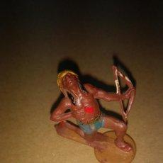 Figuras de Goma y PVC: GAMA FIGURA EN GOMA DE INDIO OESTE AÑOS 50- PINTURA ORIGINAL. Lote 276928643