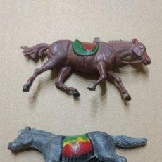 Figuras de Goma y PVC: GAMA FIGURA EN GOMA LOTE 2 CABALLOS AÑOS 50- PINTURA ORIGINAL. Lote 276930483