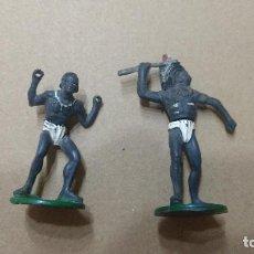 Figuras de Goma y PVC: GAMA EN GOMA LOTE 2 FIGURAS AFRICA SAFARI AÑOS 50- PINTURA ORIGINAL. Lote 276931398