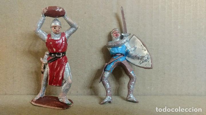 Figuras de Goma y PVC: 2 Figuras medieval los cruzados , Jecsan ,original años 60 - Foto 2 - 277172628