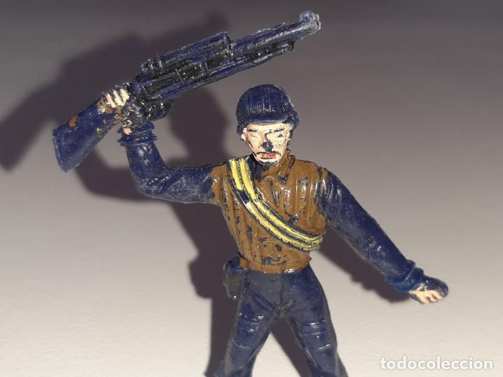 Figuras de Goma y PVC: COMANSI : ANTIGUA FIGURA DE PLASTICO LOS HOMBRES DE HARRELSON - SWAT - AÑOS 70 - Foto 2 - 277520148