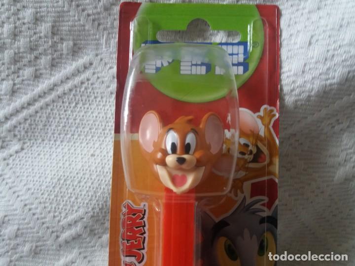 Dispensador Pez: Figura ratón Jerry. Tom y Jerry. Dispensador caramelos Pez. Nuevo. Sin abrir. - Foto 2 - 277594388