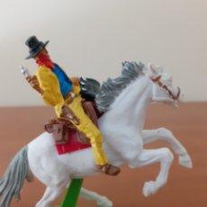 Figuras de Goma y PVC: FIGURA VAQUERO CUATRERO A CABALLO BRITAINS. Lote 277623783