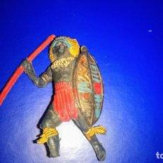 Figuras de Goma y PVC: FIGURA GUERRERO NEGRO SAFARI SERIE ÁFRICA FABRICADO EN GOMA, LAFREDO, JECSAN ..ORIGINAL AÑOS 50. Lote 277710168