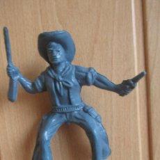 Figuras de Goma y PVC: FIGURA ANTIGUA VAQUERO OESTE , ES HUECO EN SU INTERIOR, 11 CM ( PECH , JECSAN , REAMSA , COMANSI ). Lote 277716183