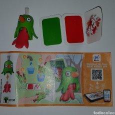 Figuras Kinder: FIGURA KINDER SE138+BPZ LORO PAPAGAYO PINTOR ACUARELAS PINCEL PÁJARO COLECCIÓN PREMIUM SORPRESA. Lote 278552503