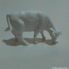 Figuras de Borracha e PVC: FARM DUNKIN MONOCROMATICO MUÑECO ROCHE FEES FIGURA PROMOCIONAL FIGURA ANIMAL GRANJA. Lote 278935243