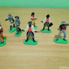 Figuras de Goma y PVC: MAGNÍFICO LOTE DE VAQUEROS Y BANDIDOS DEL WESTER. BRITAIN. Lote 279442498