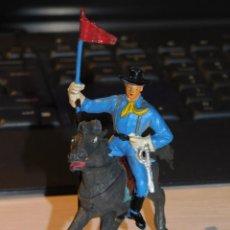 Figuras de Borracha e PVC: SOLDADO NORDISTA A CABALLO, SERIE FEDERALES Y CONFEDERADOS, DOS BANDERAS. 2 FOTOS. Lote 280400313